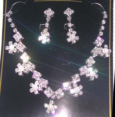 Wholesale costume supplier supply online wholesale sterling silver clear cz jewelry set with fresh water pearl